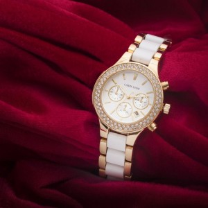 Canterbury Gold Metal Watch with White Stripes by Carpe Diem
