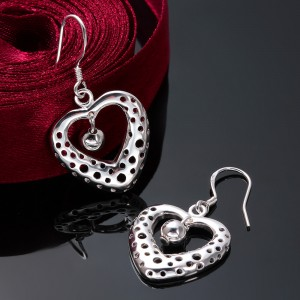 Jomina Dotted Heart Dangling Earrings