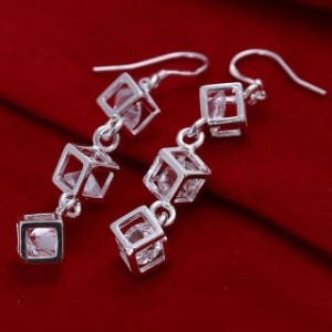Cubes Dangling Earrings