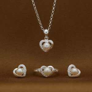 Ayessa Pearl Heart 925 Silver Earrings, Necklace & Ring Set (Clearance Sale SRP1,599)