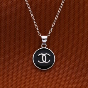 Meredith Black Chanel 925 Silver Necklace 18inches