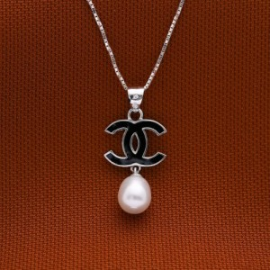 Minerva with Pearl (Chanel) 925 Silver Necklace