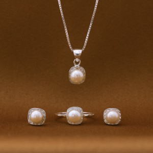 Rossette Pearl 925 Silver Set Size 5 (Clearance Sale SRP1,599 )