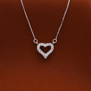 Taylor Swift Stoned Heart Necklace