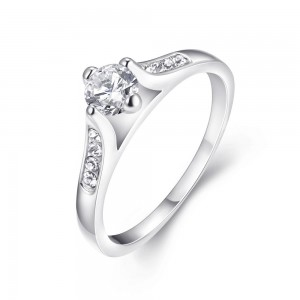 Amadine Patinum Plated Ring