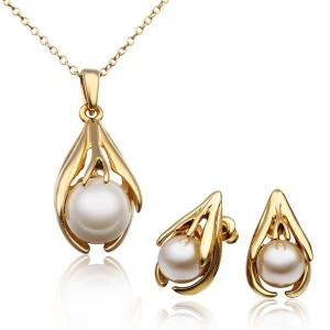 Nora Pearl 18k Gold Plated Necklace and Earrings Set