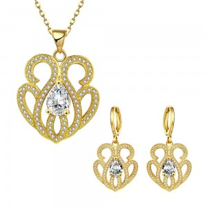 Paula 18k Gold Plated Necklace and Earrings Set